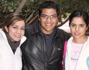 Daniela Rubio, David Moreno  y Myriam Gurrola