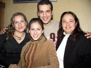 Adriana Montes, Srelí González, José Alfredo Sánchez y Beny Azplicueta