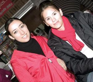 Carmen Fernández y Adriana Lazarín.