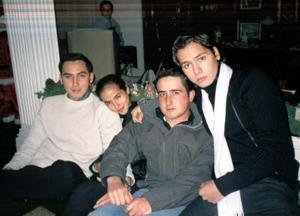 Francisco, Miguel y  Cristina Rodríguez y Alejandro Hermosillo
