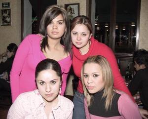 Liliana, Janeth, Mónica y Laura.