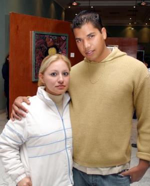 Lily González de Guerrero y Orlando Guerrero..