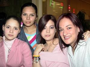Sofía Cueto , Alejandra Martínez, Adriana  Patiño y Alejandra Luévanos