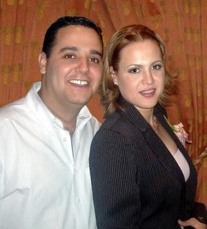 Lic. Alberto Nájera tejada y Lic. Magdalena Zúñiga Mijares efectuaron sus presentación religiosa.
