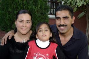 Rafael Seceñas Álvarez y Alicia  Pineda de Seceñas festejaron a su hija Fernanda Seceñas Pineda  con  motivo de sus cinco años de vida.