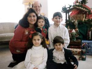 Benjamín Gessler y Mariel Madero de Gessler con sus hijos  Gabriel, Isabelle, Emmanuel y David Gessler Madero..