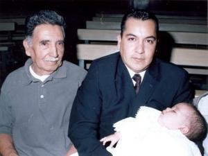 Carlos Martínez Ricarday, Guillermo Martínez Ávila y  Guillermo Martínez Sáenz, forman tres generaciones de laguneros.