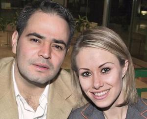 <b>31 de enero de 2005</b> <p> Rafael Mortera y Myriam Motola