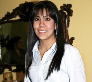 Carmen Fuentes Luévano festejó su cumpleaños, con un agradable convivio en días pasados.