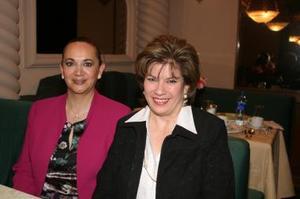 <b> 31 de enero de 2005</b> <p> Teresa Llorens y Mayela de Bañuelos