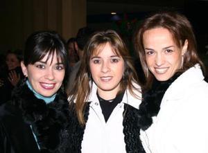 <b>05 de enero de 2005</b> <p>  Anabel Carrillo, Conni e Lozano y Lorena Valdez