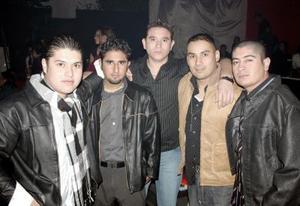 Miguel Vázquez, Antonio Véiz, Joel Eduardo, Miguel Morón y Aldo Alvarado.