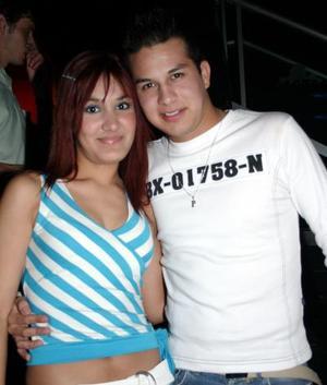 Ana Paola de la Cruz y Ricardo Almanza.