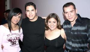 <b>12 de enero de 2005</b> <p> Selene, Álvaro, Tere y Ángel .