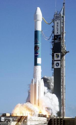 La colisión será vigilada, paso a paso, por cámaras montadas en la nave nodriza, varios telescopios espaciales como el Hubble y el Spitzer e instrumentos especiales en Mauna Kea (Hawai).