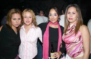 <b>15 de enero de 2005</b> <p> Nancy Franco, Nallely Franco, Érika Ceniceros y Pamela Ceniceros.