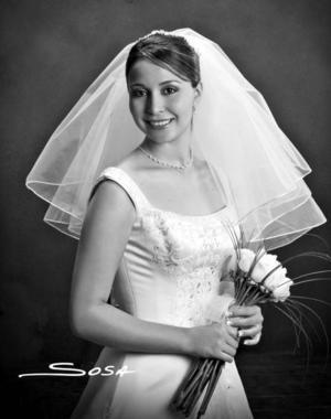 Lic. Cynthia Abularach Villalobos, el día de su boda con el Arq. Pablo Omar Garrido Pérez.