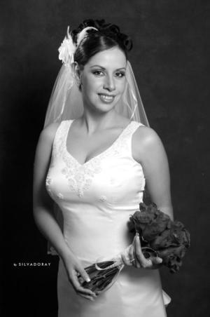 Ing. María Guadalupe de la Torre el día de su enlace matrimonial con el Lic. Carlos Alejandro González Rodríguez.