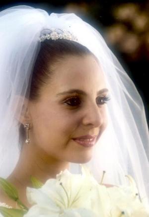 Srita. Bertha Alicia Garza del Valle el día de su enlace matrimonial con el  Ing. Mauricio Antonio Chibl