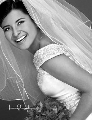 Srita. Liliana Mora Aguilar, el día de su enlace matrimonial con el Sr Adolfo Ramón Echauri Rodríguez.