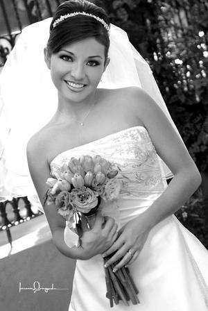 Srita. Yazmara Vargas Sosa, unió su vida en matrimonio a la del Sr. Israel Macías Hernández