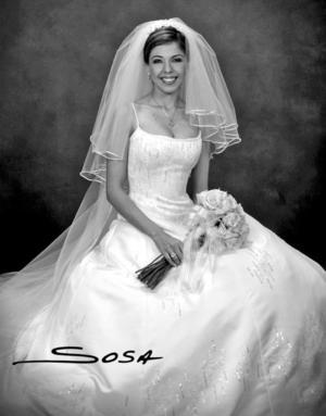 Srita. María Soledad Medina Rodríguez se casó son el  Sr. Omar Herrera Becerra.