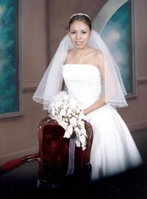 Srita. María Dolores Domínguez López el día de su enlace matrimonial con el Sr. Ricardo Martínez Salas