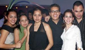 Valeria Ángeles, Paola, Miguel, Ivonne y Ricardo.