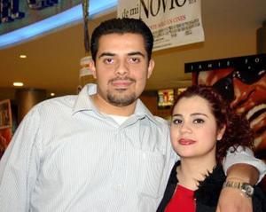 Jerson Roberto Flores y Laura Betancourt.