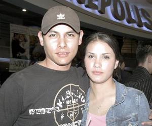 <b>16 de febrero de 2005</b> <p>  Sofi Díaz y Carlos Gámez.