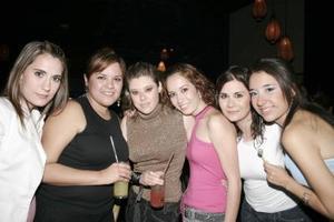 Karina, Maribel, Jordana, Gaby, Bere y Fabiola.