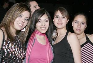 <b>25 de febrero de 2005</b> <p> Arely Garza, Karina Samaniego, Cecilia Viveros y Karla Viveros.