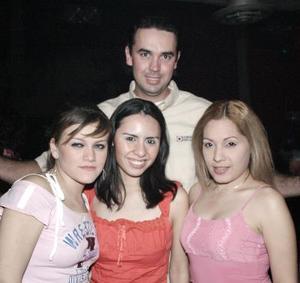 Michelle González, Annabell Nuncio, Rocío Borja y Alejandro Amador.