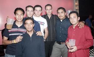 Lalo, Roberto, David, Ricardo, Javier, Luis y Emmanuel.