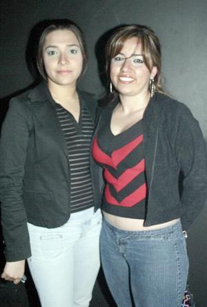 <b>13 de marzo de 2005</b> <p> Vero de la Torre y Alejandra Garza.