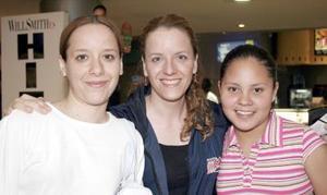 ISabel Gómez, Luisa Gómez y Fernanda Arellano.