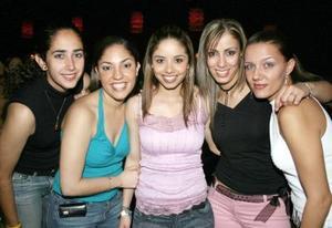 Norah, Susana, Karla, Claudia y Conchis.