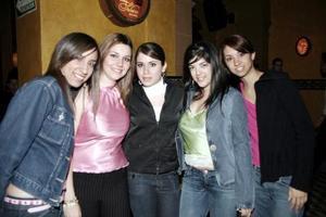 Estela González, MónicaCampos, Martha Arriaga, Belinda Puentes y Luly  González