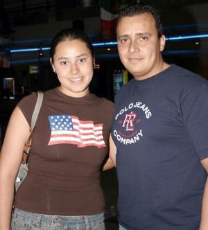 <b>06 de marzo de 2005</b> <p> Victoria Chiffer y José Alfredo Díaz.