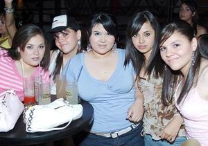 Cinthia Triana, Ana Tamez, Lorena Moreno y Alis y Ale Tamez