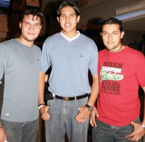 Esteban Espinoza, Daniel Silva y Carlos Rodríguez.