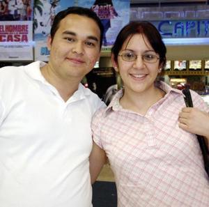 Héctor Herrera y Lénika Estrada.