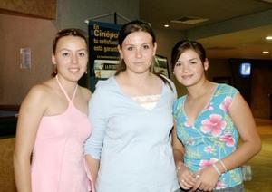 Paty Romo, Melissa González e Isela Cano.
