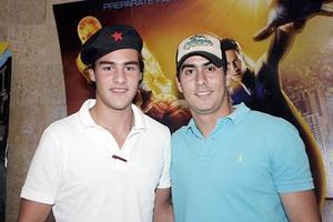<b>20 de julio 2005</b><p>   Juan y Mario.