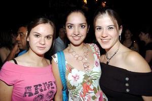 Olguita Villarreal, Ana Isabel Guerrero y Lorena Llama..
