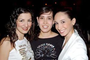 Laura Aramburo, Martha Donatlán y Delia Cárdenas..