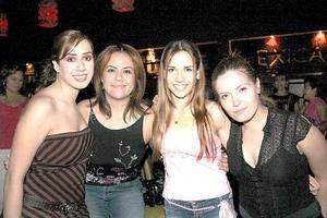 Linda Hernández, Cyndi Ayabar, Magaly Ocón y Berenice Varona.