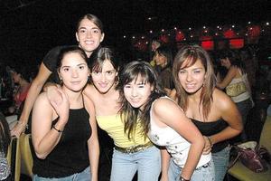 Lily Chapoy, Ana Treviño, Sofía Campillo, Caro Cueto y Lili Maldonado