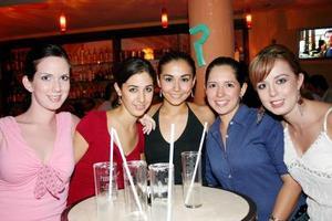 -María, Marisol, Nadia, Sandra y Mónica