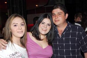 María Cázares, Alicia Cázares y Eduardo Montañez.